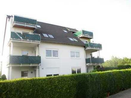 Traumhaft wohnen! Maisonette-Whg* Dachterrasse* Balkon* zwei Bäder* EBK* Stellplätze* Lage im Grünen