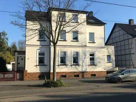 Gepflegte 2-Zimmer-EG-Wohnung mit Einbauküche in Dortmund-Wickede