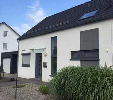 Modernes Doppelhaus in Altenstadt