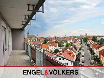 Gut geschnittene Wohnung mit 2 Balkonen!