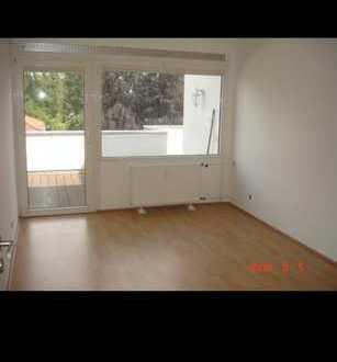 14qm Zimmer mit großer Terrasse in MZ-Lerchenberg zum 01.12