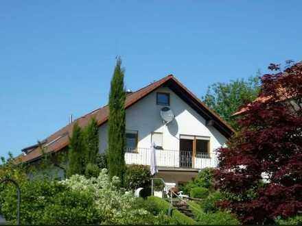 5 Zimmer-Wohnung mit einer schönen und großen Terrasse