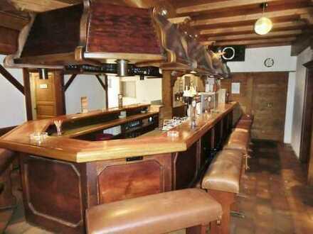 Barbetrieb / Lounge / Partykeller / Klubraum mit anheimelnder Atmosphäre in Feldberg zu verkaufen!