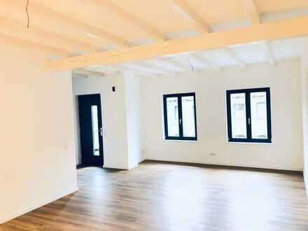 Erstbezug 4Raum-Loft, 20m² Terrasse, Stellplatz, Fußbodenheizung