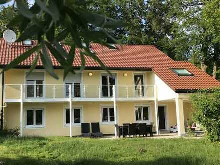 Chices Haus am Starnberger See gewünscht? Mit eigenem Atelier im DG