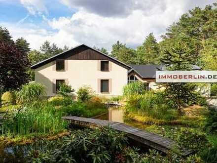 IMMOBERLIN: Großes Haus mit imposantem Gartenparadies