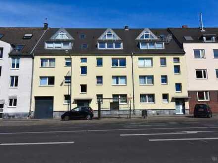 Schöne, helle und zentral gelegene 2-Zi.-Maisonette-ETW mit Fernblick und Balkon in Köln-Niehl