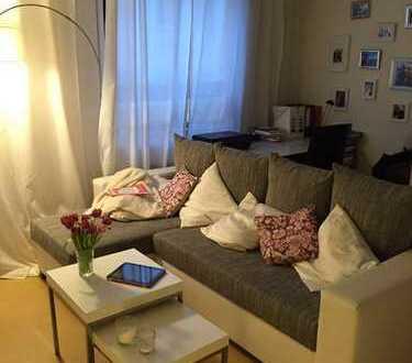 Untermieter/-in gesucht: möbliertes Zimmer 22 m², sehr zentral