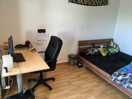 22 qm teilmöbliertes WG-Zimmer an der Uni Hohenheim