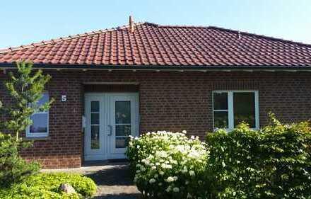 Sehr schöner, geräumiger Bungalow mit drei Zimmern und Garten in Rinkerode (WAF)