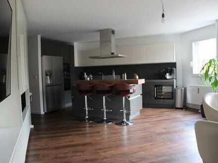 Geräumige 3- Zimmerwohnung mit idealer Raumaufteilung.