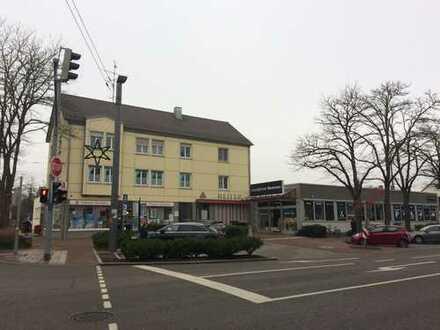 Metzgerei-/Ladenfläche in top frequentierter Lage mit Parkplätzen vor der Tür! **Provisionsfrei**