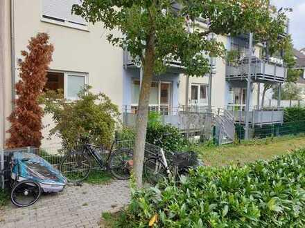Praxis/Gewerberäume, 7,5-Zimmer-Maisonette-Wohnung mit Balkonen und Garten in Heddesheim