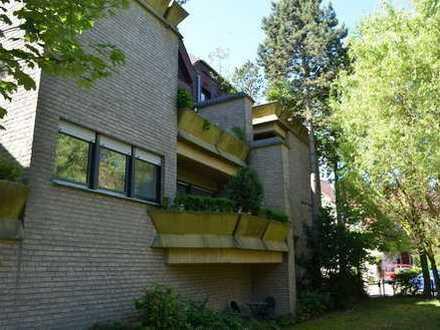 2 ZKB mit großer Dachterrasse in Citylage inkl. Küche und Garage