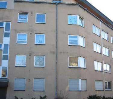 Große 3 Zimmer-Whg. in gepflegter Anlage Nähe Spandauer Arcaden