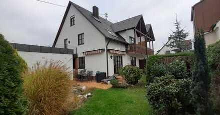 Nähe Zentralklinikum! Großzügiges Haus mit Garten in Augsburg-Kriegshaber