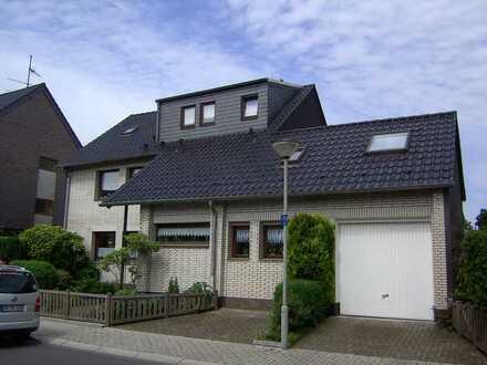 Wohnung über 2 Etagen mit sep. Garten und Garage in 2 Fam. Haus, OB-Schmachtendorf