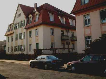 Geräumige 3-Raum - Wohnung mit Balkon in Dresden - Mickten