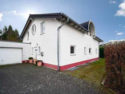 Modernes EFH (177qm) mit Galerie, Terrasse, Garten (682qm), Garage, Vollkeller...direkt am Weilberg!