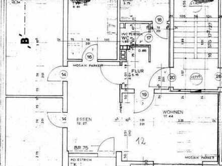 Lichtdurchflutete 3,5-Zimmer-Wohnung mit Balkon und Einbauküche im Südwesten von Amberg