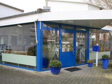 Großzügige Gewerbeeinheit mit Ausstellungsfläche und separaten Büros