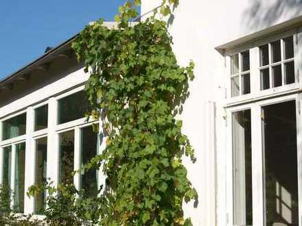 Geräumige Altbau-Villa in Strandnähe in Glücksburg (Ostsee)
