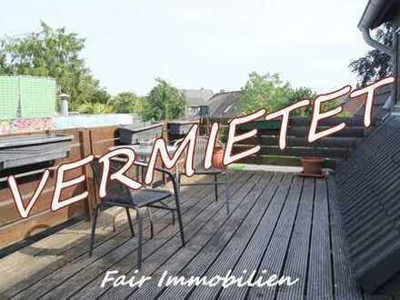 * HEMELINGEN NÄHE DAIMLER | Renovierte 3-Zi. Whg. mit Dachterrasse und Balkon in ruhiger Lage