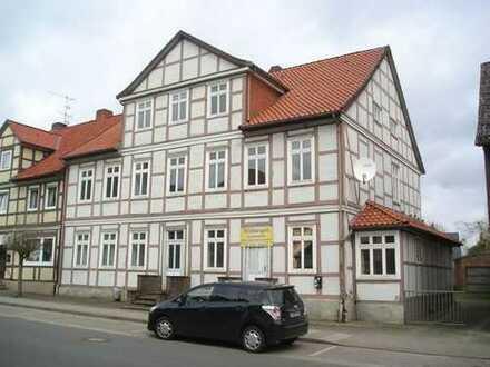 Mehrfamilienhaus mit drei abgeschlossenen Wohneinheiten