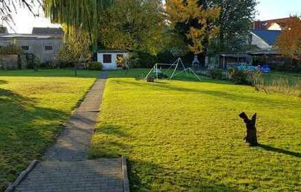 Sonniges Baugrundstück mit gen. Voranfrage für 2 Familienhaus Gladbeck Mitte-Ost