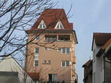 Investition in die Zukunft - Besonderes Wohnen im Mayfelsturm in der historischen Altstadt