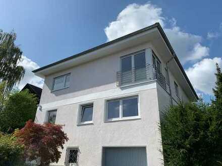 TOP renovierte 3,5-Zimmer-Wohnung in W.-Niederbachem