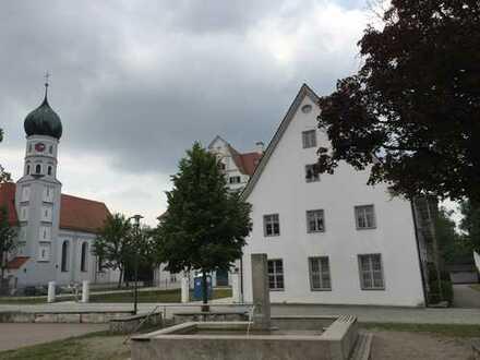 Sanierte 1-Zimmer-EG-Wohnung in Niederraunau