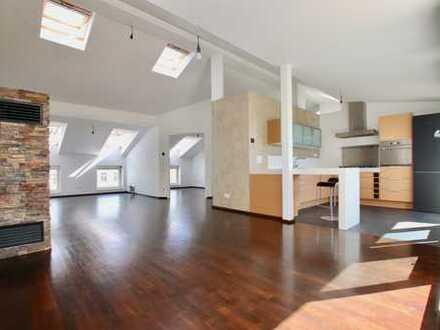 Große 4-Zimmer-Wohnung mit Luxusküche & Terrasse in Prenzlauer Berg