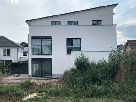 Moderner Neubau in Lützelsachsen Ebene -provisionsfrei-