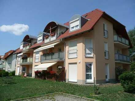 2-Etagen-Erdgeschosswohnung mit überdachter Terrasse