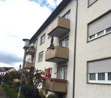 gepflegte 3 Zimmer-Wohnung mit Balkon zu vermieten ! www.immo-kraemer.de