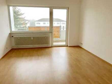 Helle, gepflegte 2,5-Zimmer-Wohnung mit schönem Balkon in Dreieich-Sprendlingen