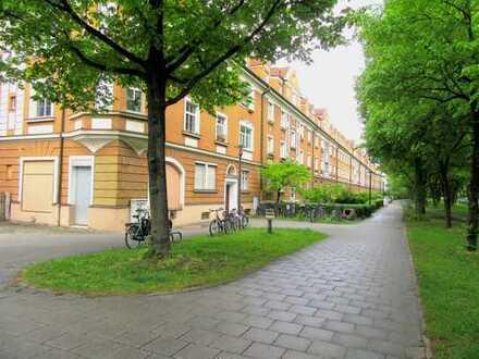 Helle, ruhig gelegene 2-Zimmer-Wohnung mit Balkon, Altbau in Sendling (Isarnähe)