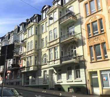 TFI: Großzügig geschnittene 3 Zimmer DG-Wohnung in Innenstadtlage!