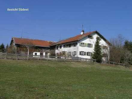 Bauernhaus in absoluter Alleinlage mit Bergsicht zwischen Marktoberdorf und Kempten im Ostallgäu