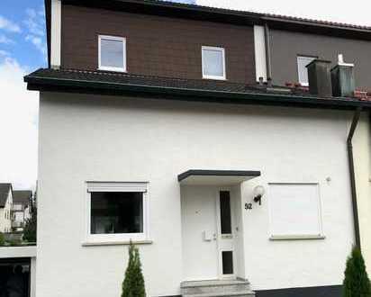 Duplex for Rent - Schönes, geräumiges Haus mit fünf Zimmern