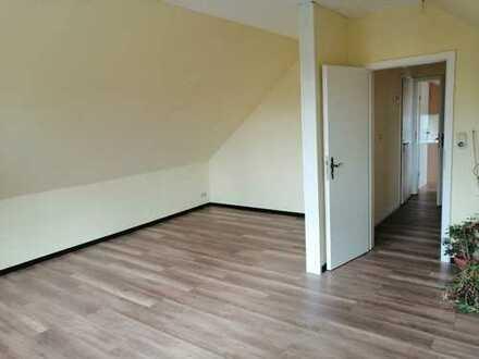 RESERVIERT! ANFRAGE- STOP 319.000 €, 150 m², 5,6 Zimmer