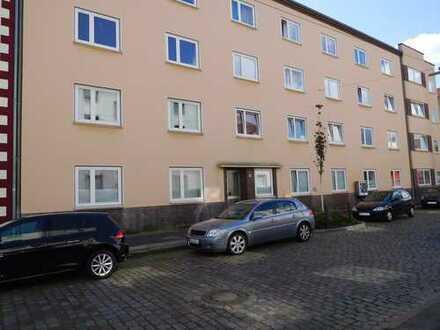 3 Zimmer-Wohnung mit Wannenbad und Balkon... frei ab sofort
