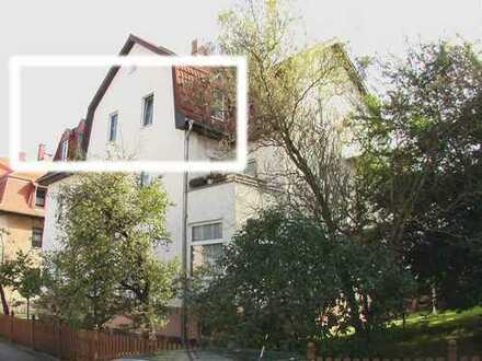 Chemnitz-Siegmar: ruhige 3-Raum-Mansarden-Wohnung mit großem Gartengrundstück