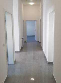 Büro- Praxisräume (Neubau) in zentraler Lage