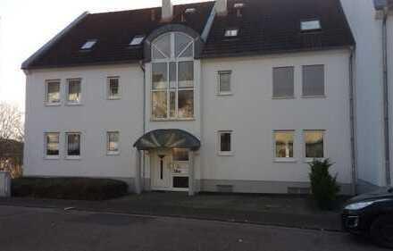 Modernisierte 2,5-Zimmer-Ergeschosswohnung mit Balkon in Bad Bergzabern