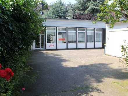 Helle, gepflegte Büroräume zentrale Lage im Saarlandstraßenviertel mit Lager zu vermieten