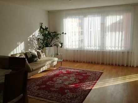 Stilvolle, neuwertige 3-Zimmer-Wohnung mit Balkon und Einbauküche in Ostfildern