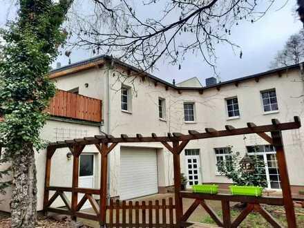 Wohnen im großzügigen Hinterhaus in Plagwitz nach Renovierung