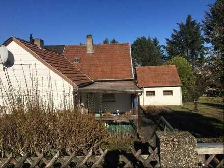 Baugrundstück mit altem Wohnhaus